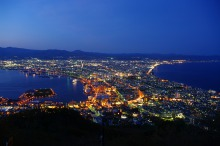 s_The_night_view_from_Mt_Hakodate-1-1MB
